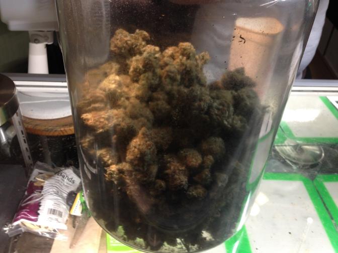 Prosecutor to medical marijuana shops: Shut down or get taken to court
